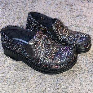Klogs footwear leather Naples artsy clogs slip on